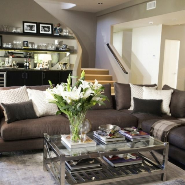 jeff lewis choice of a darker sofa blends so well into the overall design it allows for other design elements to pop want that couch - Jeff Lewis Design Wallpaper