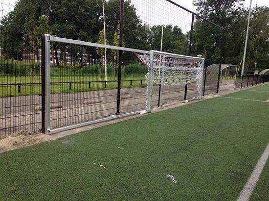 Voetbaldoel model JVD150 De ruimtebesparende oplossing voor iedere voetbalvereniging. Voetbaldoelen van topkwaliteit