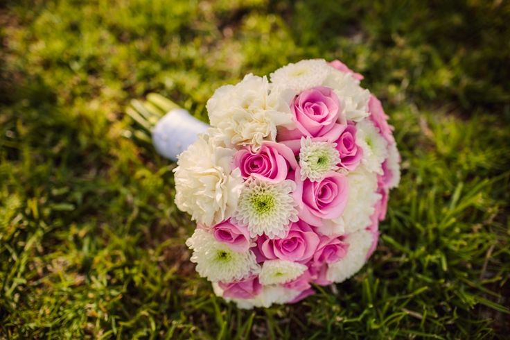 Bridal bouquet KAY by MOMENTS www.weddingincrete.com