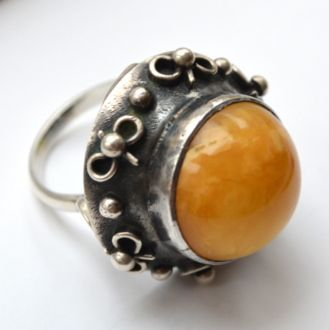 Autentyczne ORNO wielki pierścień lata 60 bursztyn