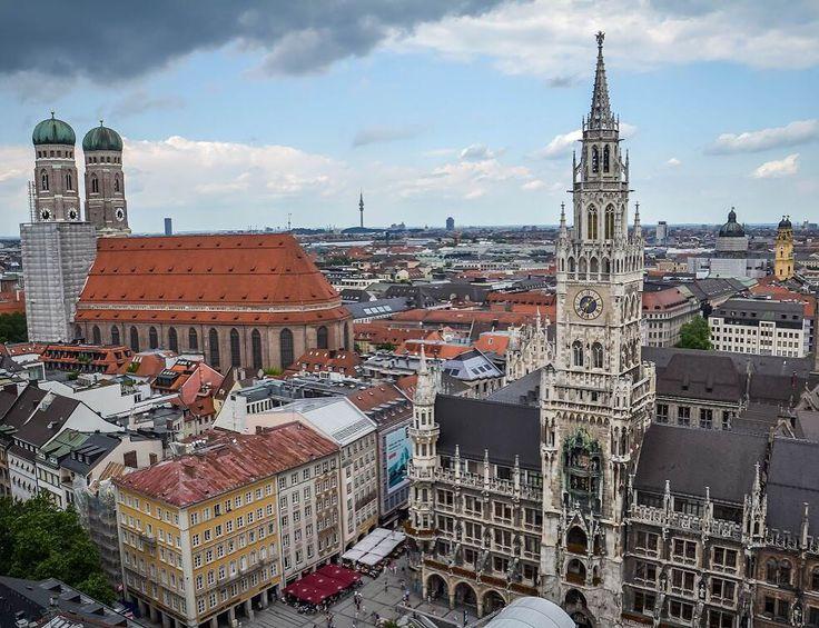 Mōnachium z wiyrchu  - #belekaj #godej #rajza #monachium #munich #munchen #münchen #marienplatz #rathaus #frauenkirche #bayern #bawaria #bavaria #deutschland #germany #topmunichphoto #podroze #podróże #podróż #zwiedzamy #zwiedzanie #blogtroterzy #blogpodrozniczy #travel