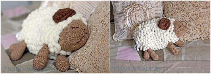 связанная крючком овечка, схема, описание к схеме, декоративная подушка в виде овечки, символ нового 2015-го года