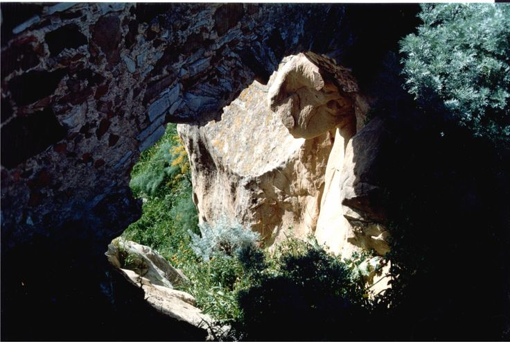 Bronte nel CT - Grotte di Contrada Tartaraci #sicily #italy #etna #museietnei more on www.museietnei.it