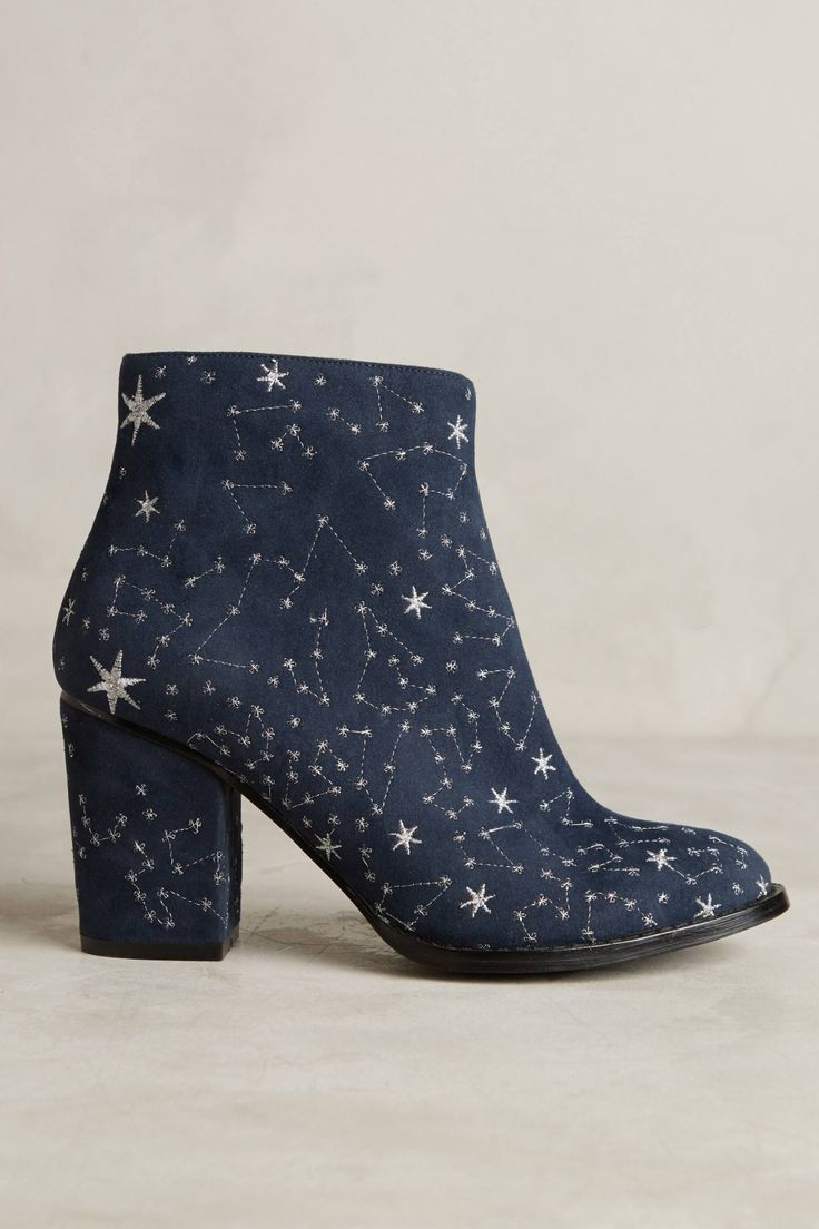 Billy Ella Embroidered Star Booties                              …
