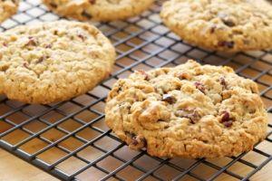 Healthy cookiesHealthy Stuff, Healthy Cranberries, Cranberries Oatmeal Cookies, Holiday Cranberries, Cookies Dr. Oz Healthy Tips, Baking Recipe, Healthy Holiday, Healthy Recipe, Cranberries Cookies