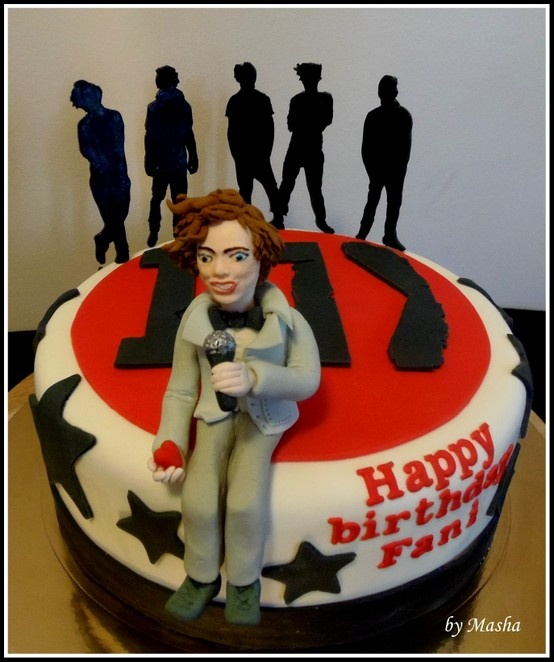 22 best 1D cakes images on Pinterest One direction cakes