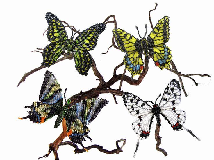 Бабочки из бисера. Объемные.