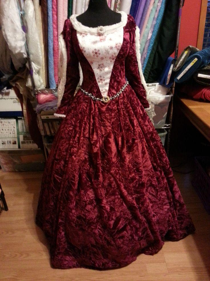 Mrs Claus Red Velvet Dress Renaissance Dresses I Have