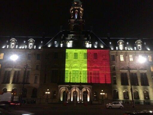 Rotterdam leeft mee met de Belgen in deze bijzondere en zware dagen.(.de aanslag in Brussel)...L.Loe