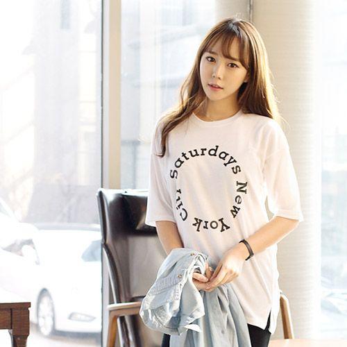 Womens Clothing Store [VANILLAMINT] New York T-shirt / Size : FREE / Price : 12.33 USD #dailyllook #dailyfashion #fashionitem #ootd #tops #Tshirt #vanillamint http://en.vanillamint.net/