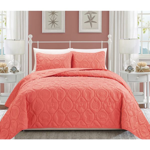 This beautiful and fun bedspread will bring the ocean right to your bedroom! From head to toe this beding set is covered with various vivd patterns of sea shells, water horses and sea stars, making th