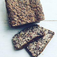 Życie roślinne: Chleb jaglany z dużą ilością ziaren