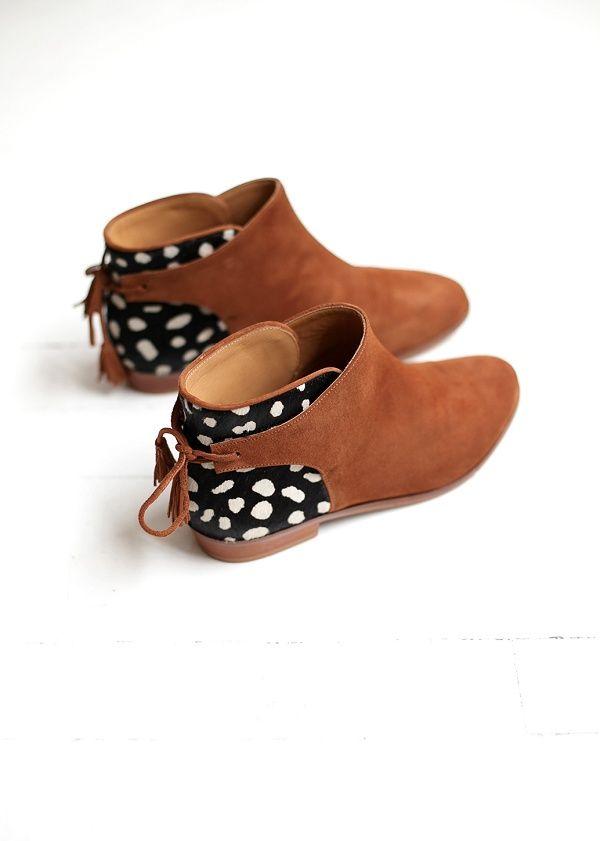 Sézane / Morgane Sézalory - Winter collection - Low Farrow Tassel Boots #sezane www.sezane.com/fr #frenchbrand #frenchstyle #boots