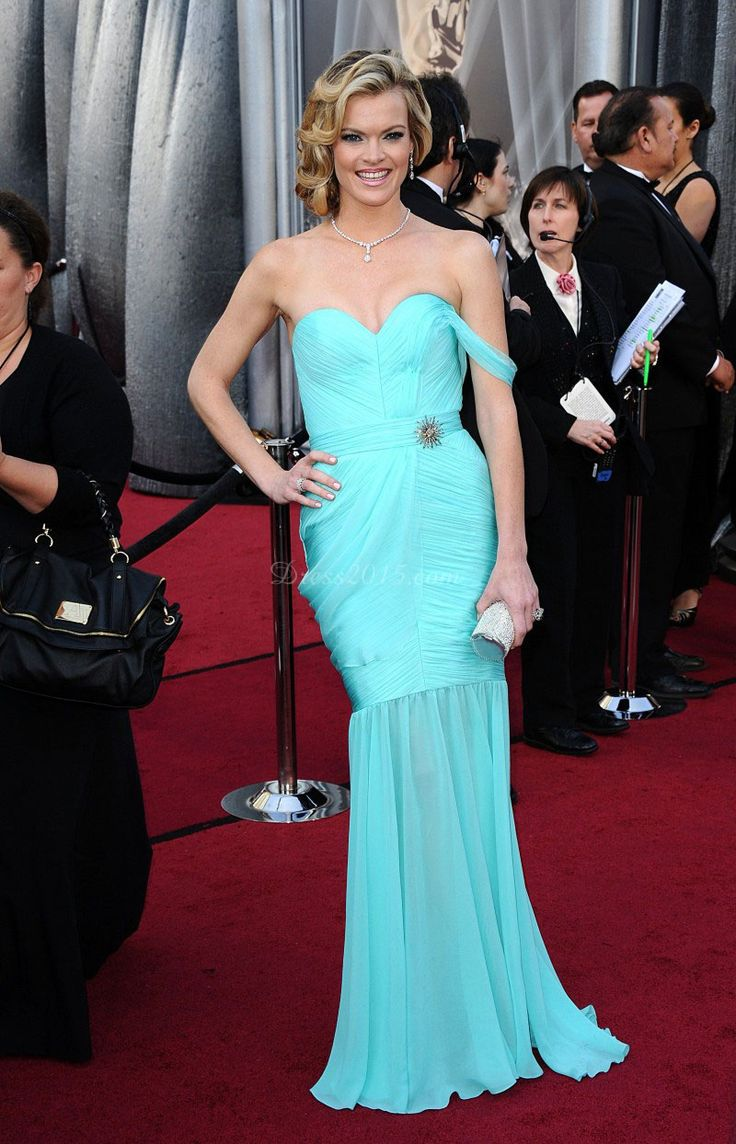 50 best Celebrity Dresses images on Pinterest | Formal evening ...