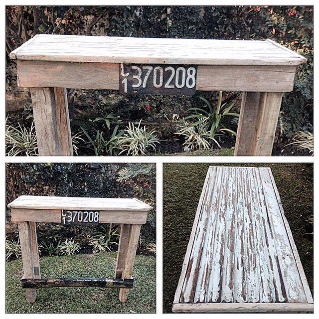 Barra antigua de persiana de cedro , patente antigua y maderas recicladas