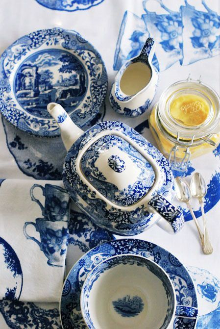 Love blue and white dinnerware - I think this is Spode