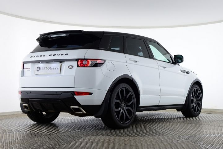 Used Land Rover Range Rover Evoque SD4 DYNAMIC 5 DOOR OVERFINCH GTS White for sale Essex SP63VRV | Saxton 4x4