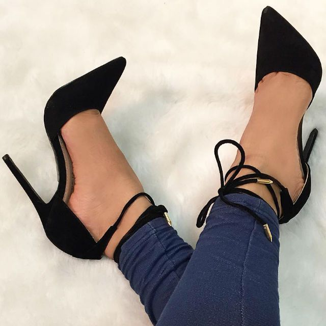 back Wrap Around Pointed Toe Pumps