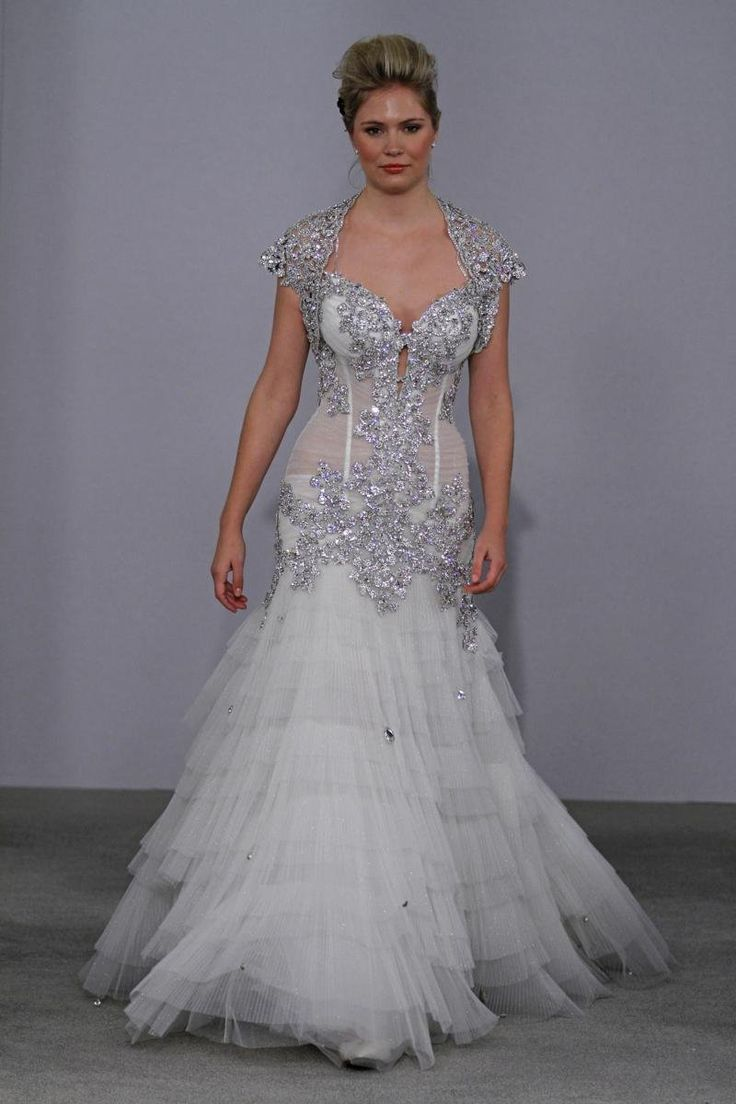 The most expensive wedding dress  Pnina Tornai style   when i pinned the top of this dress