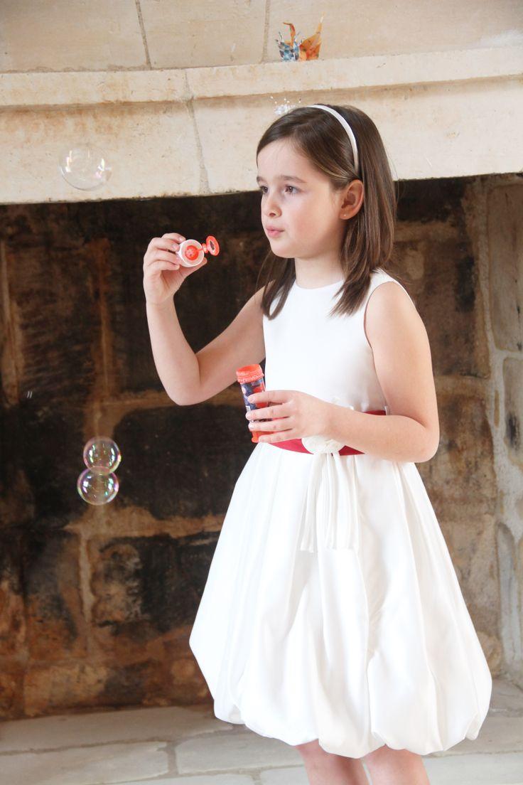 """Robe de cérémonie et mariage """"Chloé"""" . Enfant d'honneur.  http://www.odecreation-vetements.com/"""