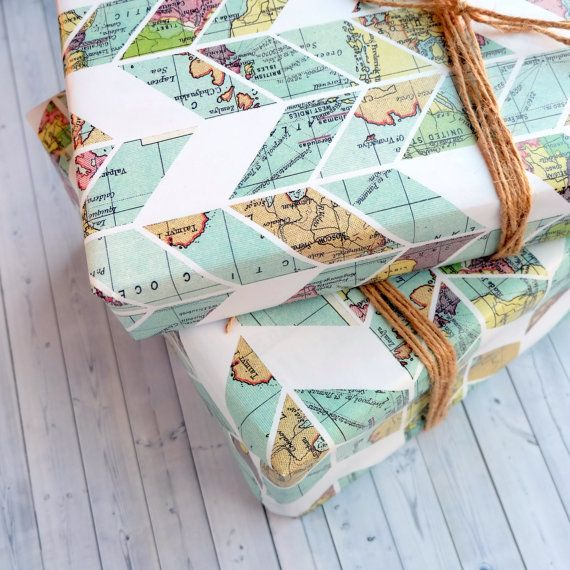 He encontrado este interesante anuncio de Etsy en https://www.etsy.com/es/listing/225442923/wrapping-paper-sheets-with-vintage-map