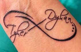 tattoos ideas for moms - oh, I like this! Been looking for a mom tattoo for my sons  this is wonderful! Think I'd use my own handwriting. I'd use theirs but they have guy penmanship.