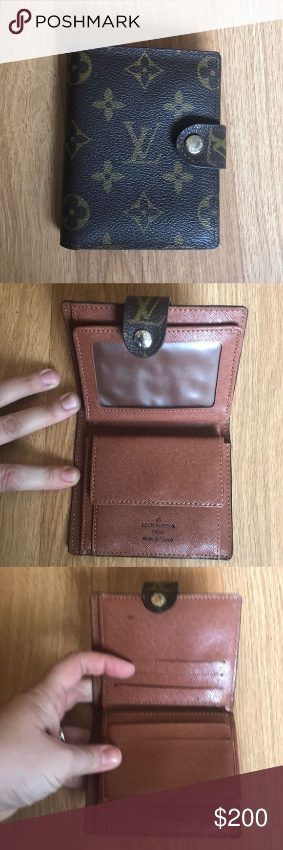 Louis Vuitton small wallet Excellent condition, unused. Real Louis Vuitton wallet. Approximate size 4in x 3 in. Louis Vuitton Accessories