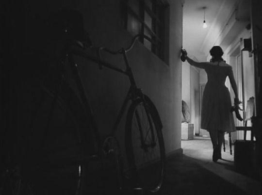 The Cranes Are Flying (1957, Mikhail Kalatozov) / Cinematography by Sergey Urusevskiy
