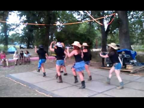 Country Zumba: Good Girl-Carrie Underwood- have to try this!!!!!