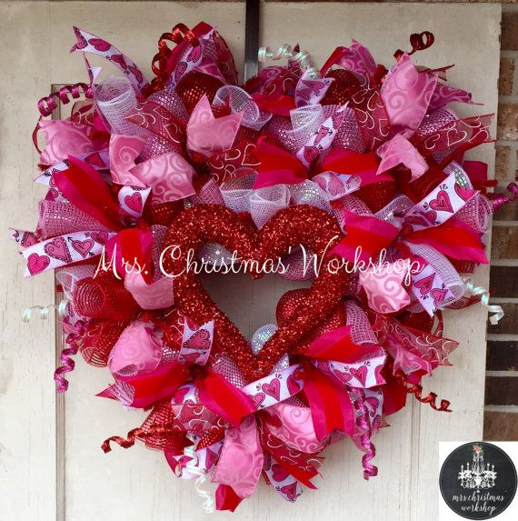 Deco mesh wreath Valentine wreath heart by MrsChristmasWorkshop
