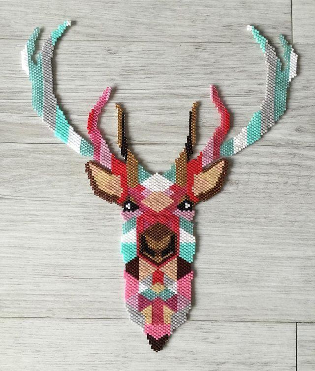 Mon cerf est fini #miyuki #miyukibeads #perles #tissage #brickstitch #cerf…