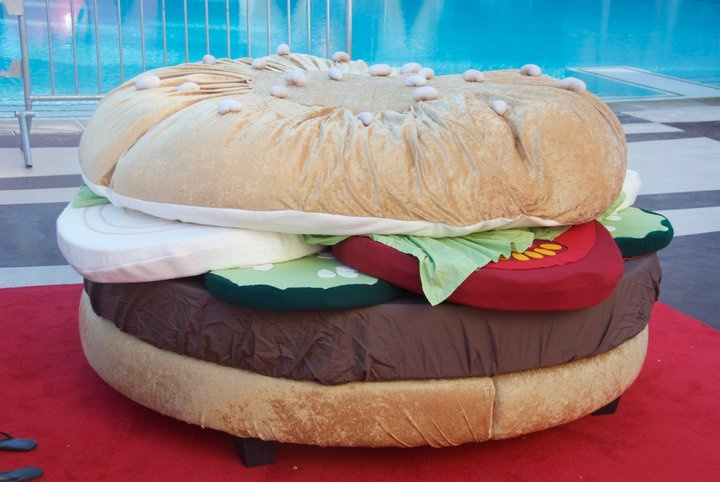 The Hamburger Bed: This is almost too ridiculous to even comment on, but because it is a Friday, and somehow this look quite comforting, we wanted to feature the creation of Ms. Kayla Kromer... –more images @ http://www.juxtapoz.com/Current/the-hamburger-bed – sculpture, food, bed, fun