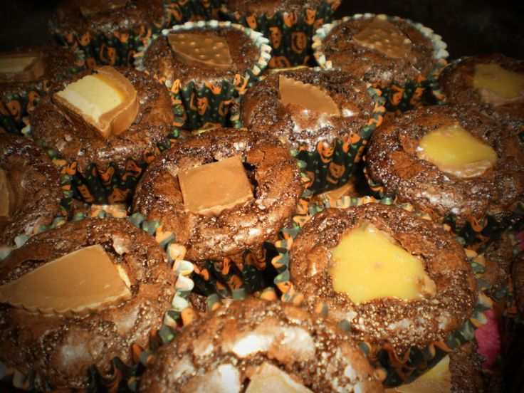 candy bar-stuffed brownie bite | MY CREATIONS :) | Pinterest