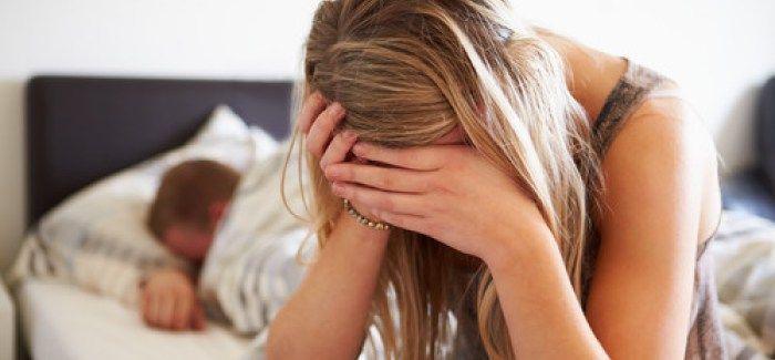 8 habitudes de vie qui provoquent une dépression. Savez-vous que l'alimentation, l'exercice, le contact avec la nature, la respiration ou la direction du regard peuvent avoir, à la longue, une influence sur le développement ou non d'un état dépressif ? Mais si vous essayez de mettre en place de nouvelles habitudes de vie, et d'en modifier d'autres pouvant engendrer la dépression, vous pourrez rapidement observer une amélioration de votre état général.