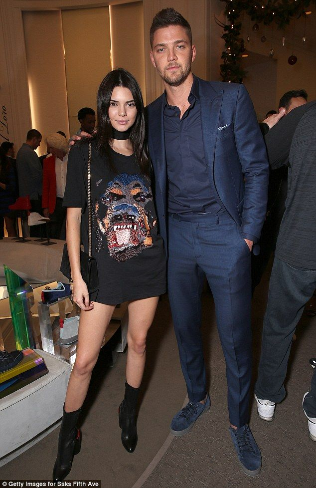 Kendall Jenner shows off her stunning long legs at  Del Toro shoe collection launch | Daily Mail Online