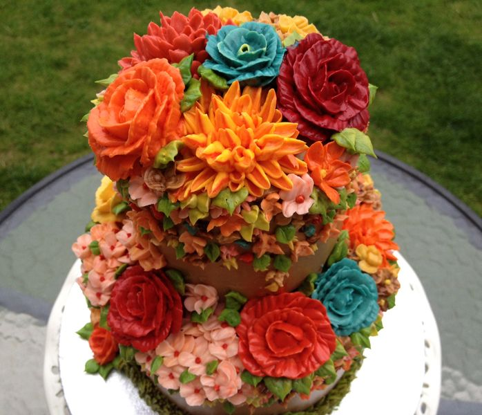Cake Decorated With Gumdrop Flowers : 25 best images about Wedding Cakes on Pinterest Bakeries ...