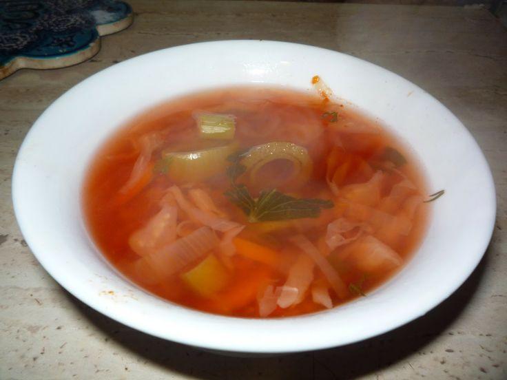 Ciorba de praz cu sfecla rosie (de post)