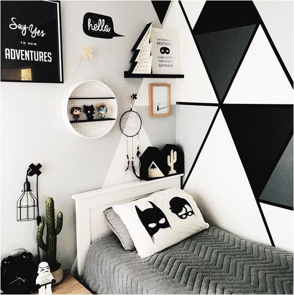 Shared Boys Geometrical Bedroom: 25+ Best Ideas About Triangle Wall On Pinterest