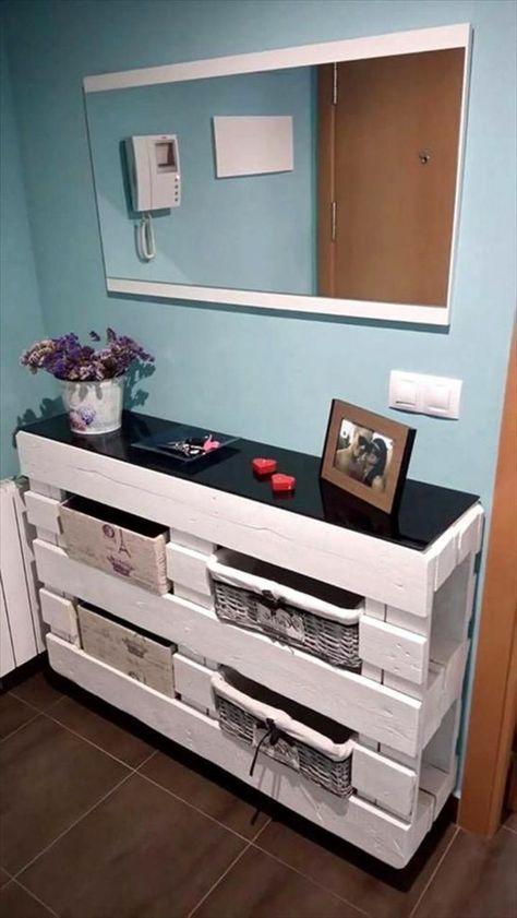 Palettenmöbel, Schrank mit Dekorationsboxen