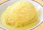Dampfnudeln mit Vanillesoße (Rezept mit Bild) von käsespätzle | Chefkoch.de