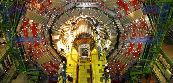 Une vue sur le Grand Collisionneur de Hadrons AFP / NOTIMEX