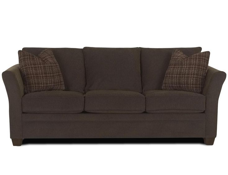 Chesterfield Sofa Klaussner Tilly Innerspring Queen Sleeper Camel Handcrafted in a two over two design the Klaussner Tilly Innerspring Queen Sleeper Camel has thin