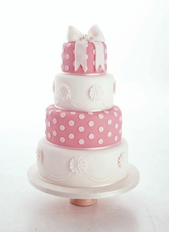 /: Pink Dots, Aprons Ideas, Pretty Cakes, Pink Cakes, Polkadot Cakes, White Cakes, Girly Cakes, Daisies Cakes, Dots Cakes