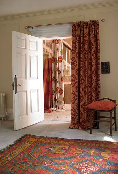 love these curtains and rugs