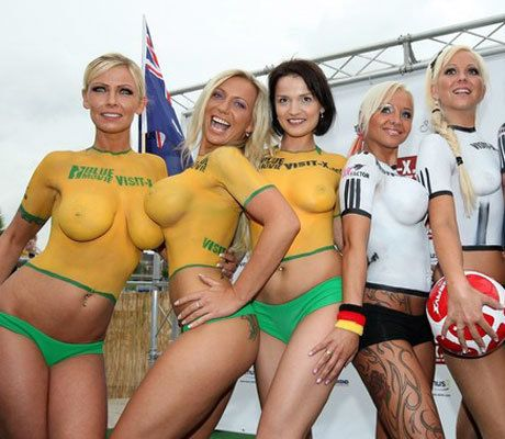 Sports Girls In Body Paint Totally Rule  Amazingly great way to dress