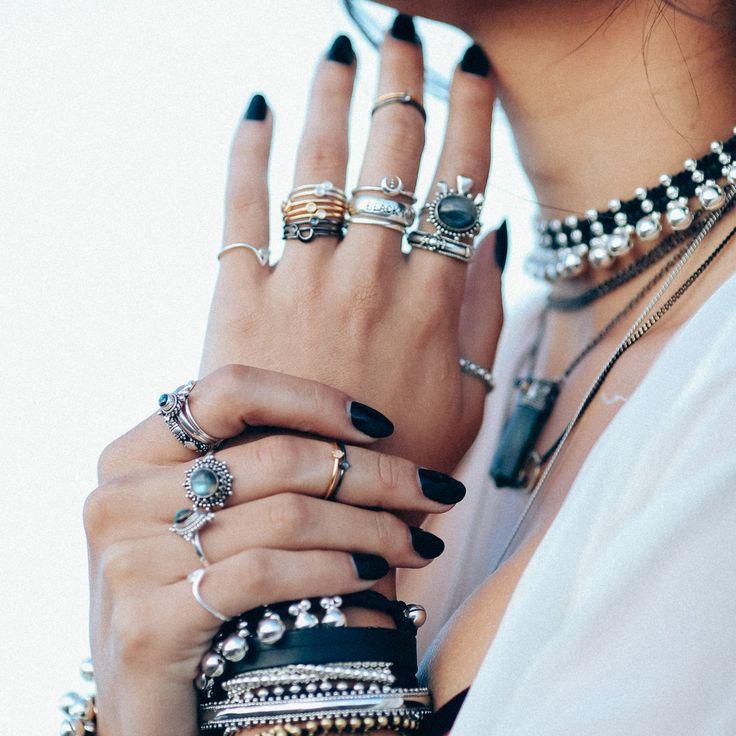 ∘∔∘∔♰   K i l l i n g  ♰  M o o n   ♰∔∘∔∘ Shop ⇢⇢ www.shopdixi.com // shop dixi…
