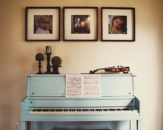 painted piano: Baby Blue, Decor Ideas, Design Ideas, The Piano, Blue Piano, Paintings Piano, Art Arrangements, Furniture Ideas, Decor Above Piano
