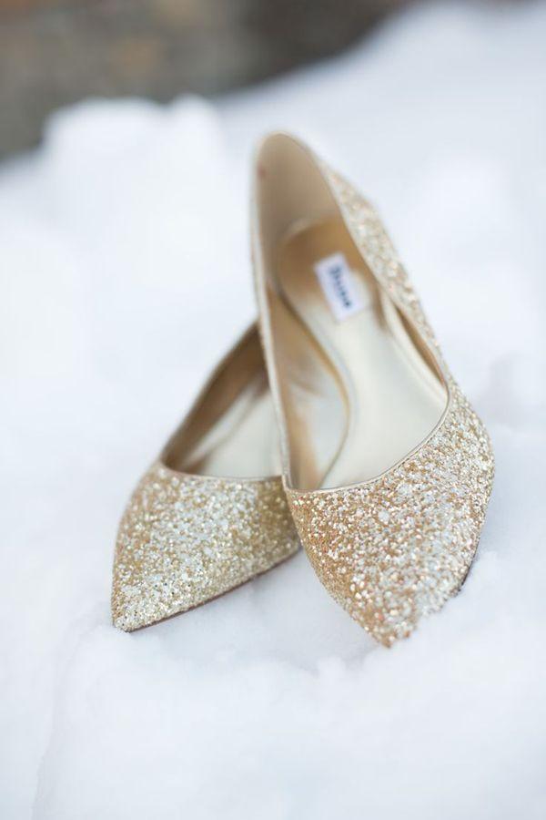 glitter gold wedding shoes for snowy winter wedding