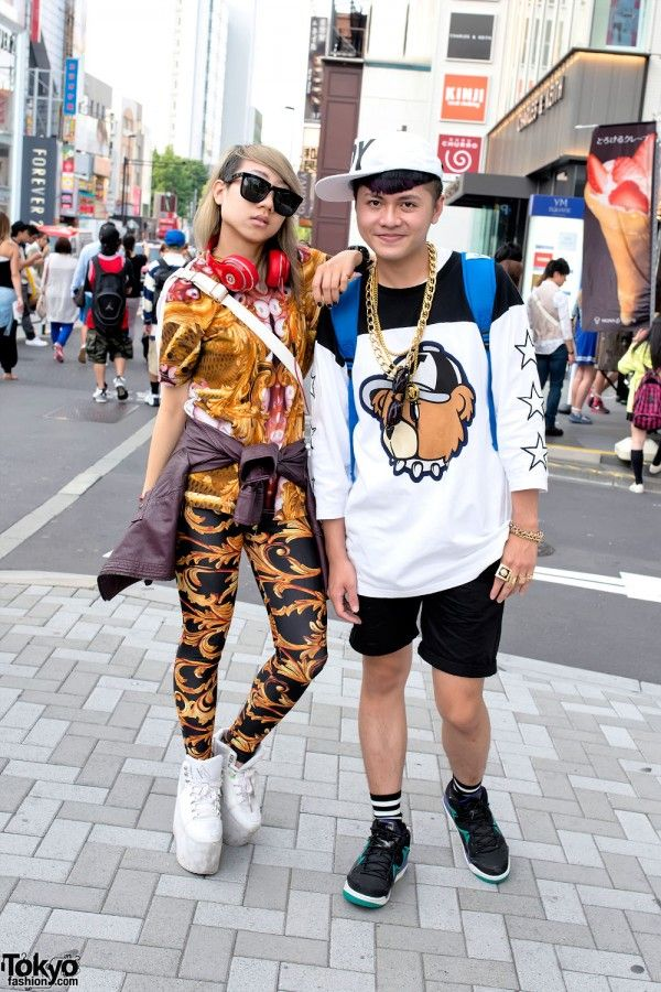 Kathy and Weiki were met on the street in Harajuku. Kathy is a student at Tokyo's famous Bunka Fashion College and Weiki is a hair designer. They are both originally from Taiwan. (Tokyo Fashion, 2014)