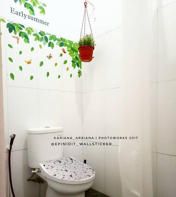 Wallpaper Dinding Kamar Mandi Kreatif